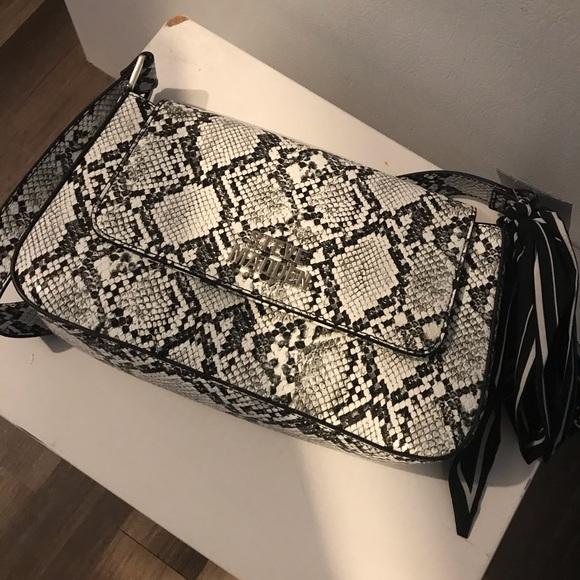 Handbags - Steve Madden bag